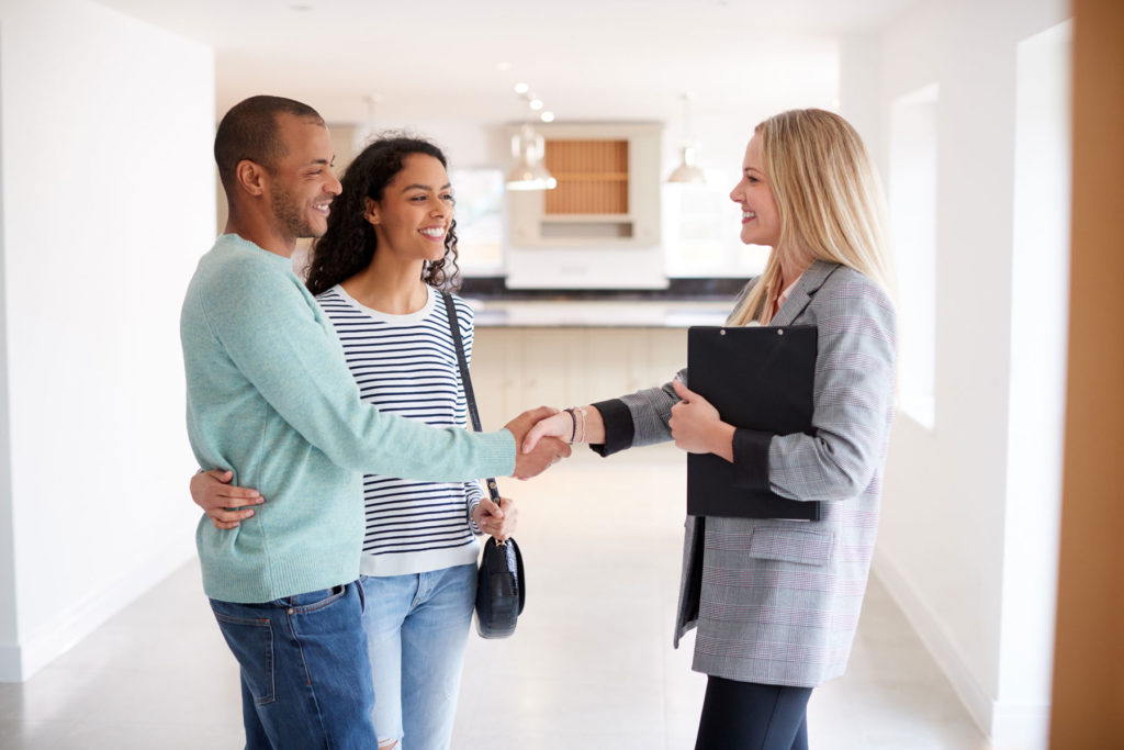 What Does It Take to Become a Successful Real Estate Agent?